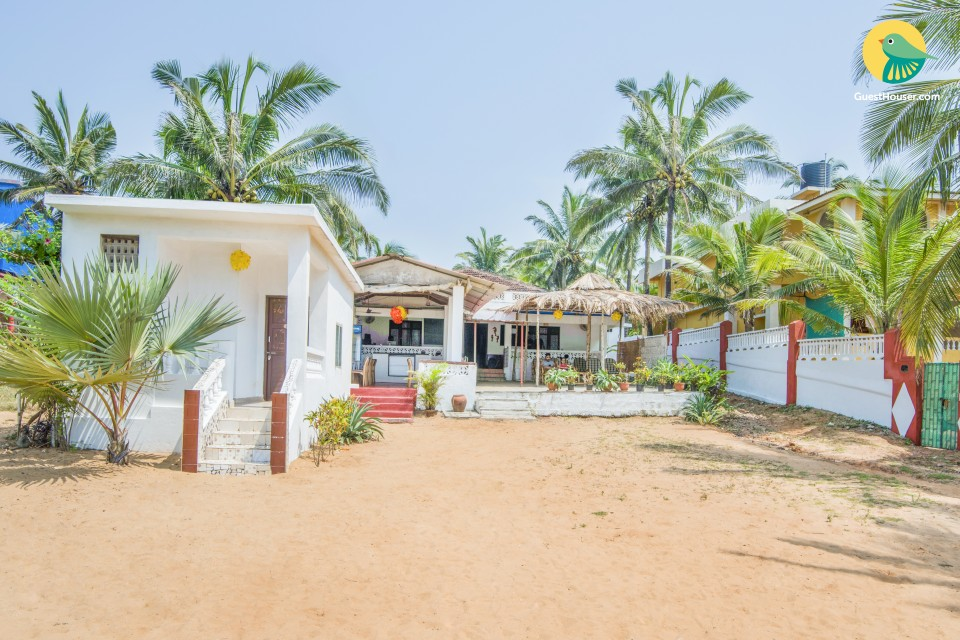 Tranquil retreat for three, near Calangute beach