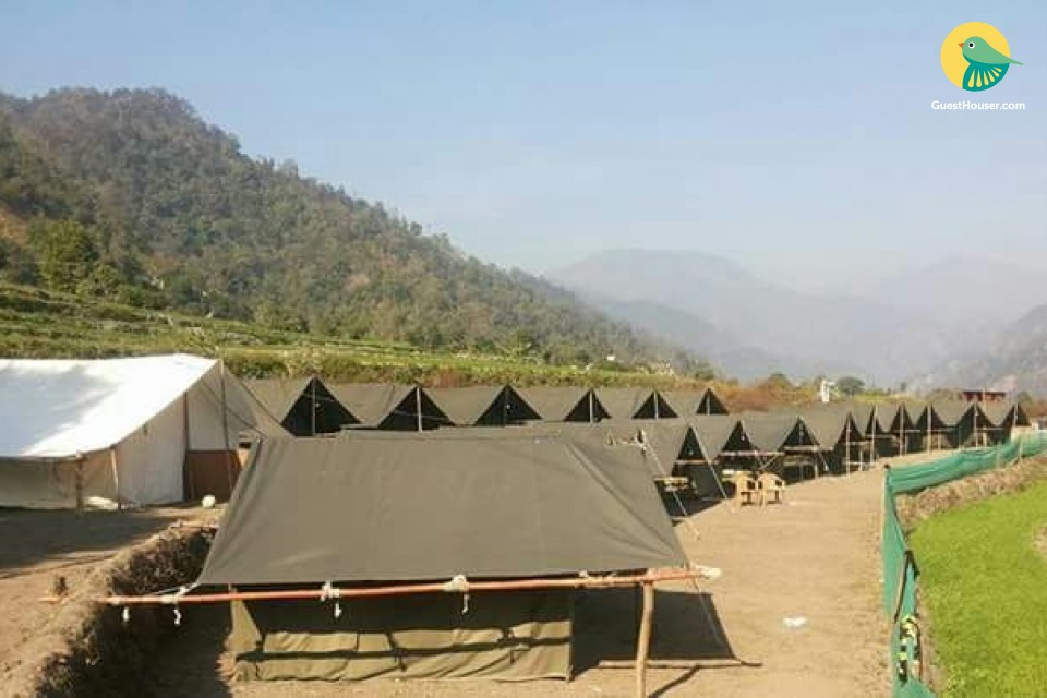 Sun-kissed tent accommodation for 3