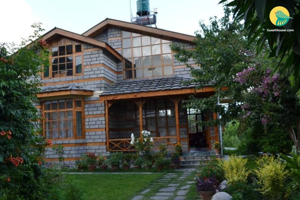 Capacious 2-BR cottage