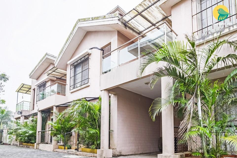 Pet-friendly 3-BR villa, ideal for a family getaway
