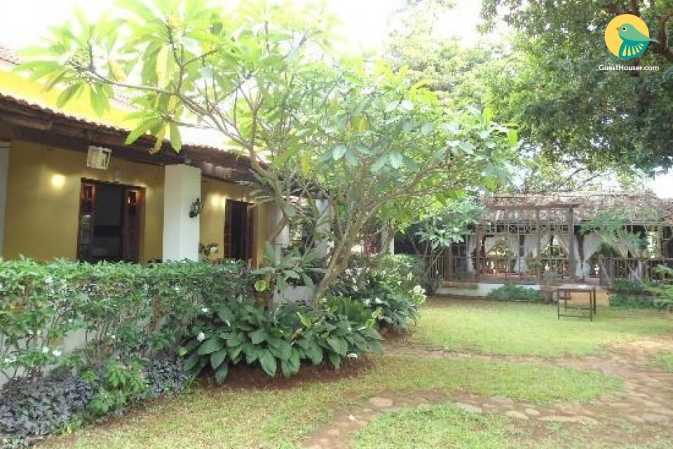 4-BR Portuguese cottage for 12