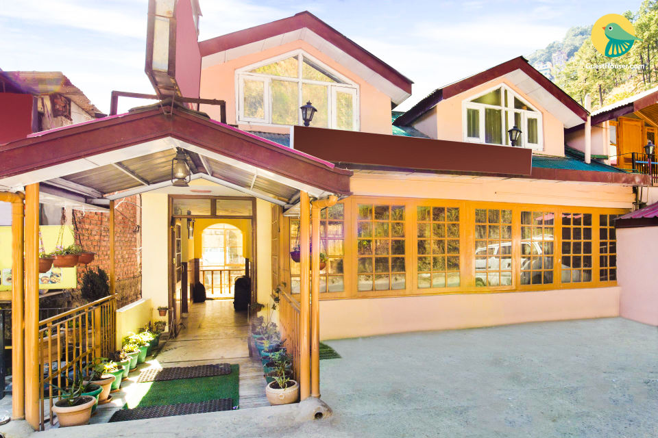 Tastefully done stay, close to Shimla State Museum