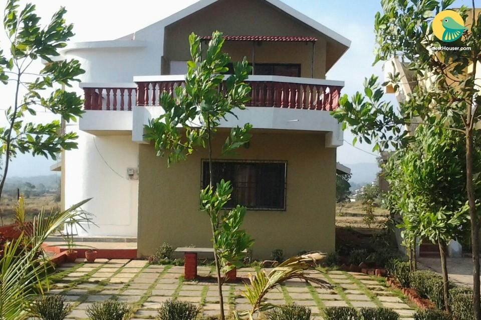 Rejuvenating 4-BR bungalow, near Karla Caves