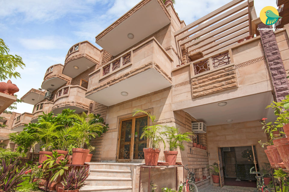 Elegant 9-BR guest house, 1.5 km from Umaid Bhawan Palace
