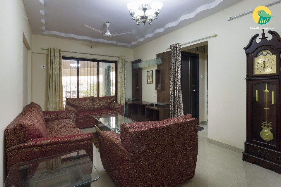 2 BHK Apartment In andheri; Ideal for 6 guests