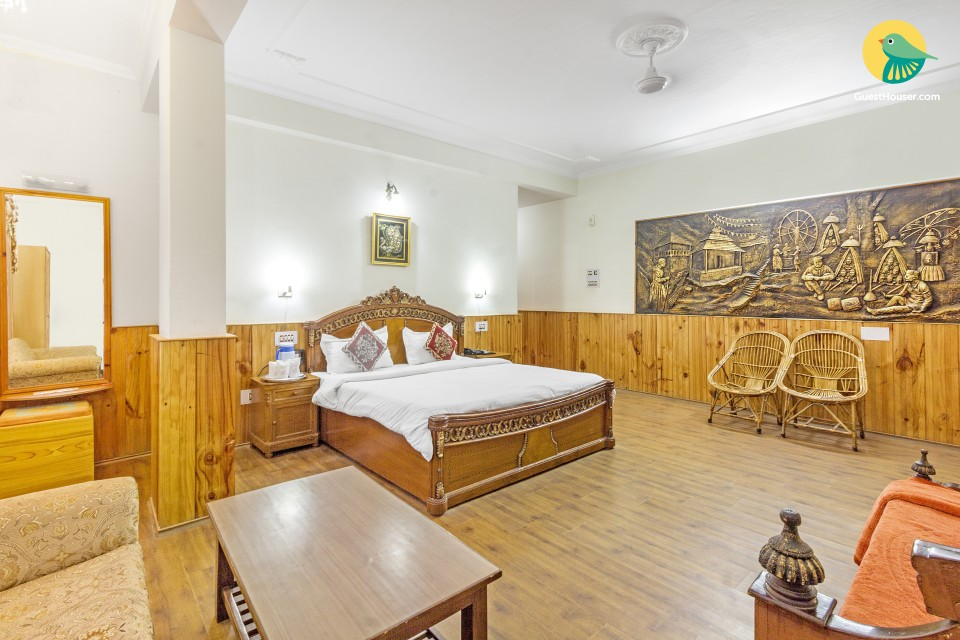 Spacious boutique room, 220 m from The Evergreen Café