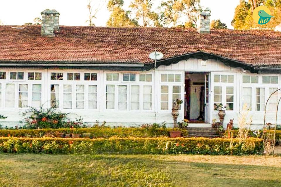 Elegant room in a colonial homestay, 1.6 km from Pillar Rocks