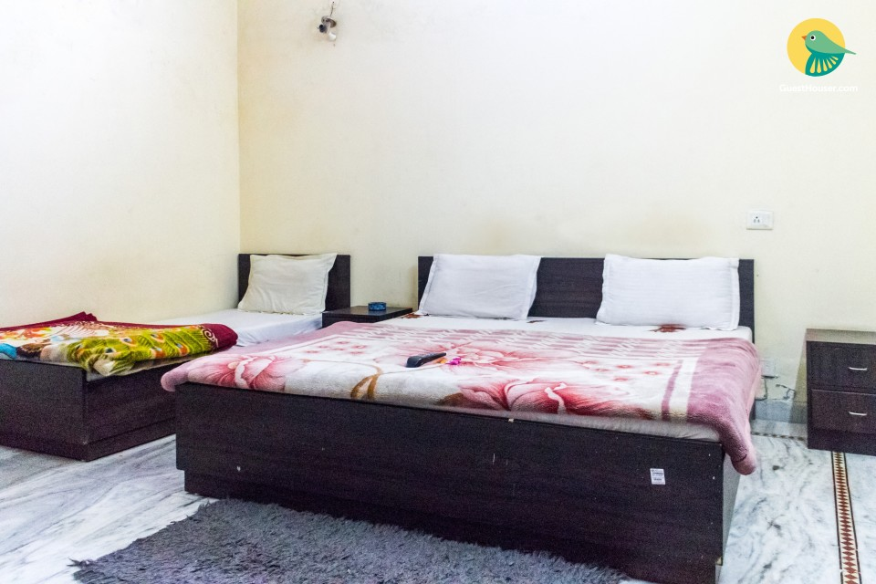 3 Bedded room stay in Gurgaon