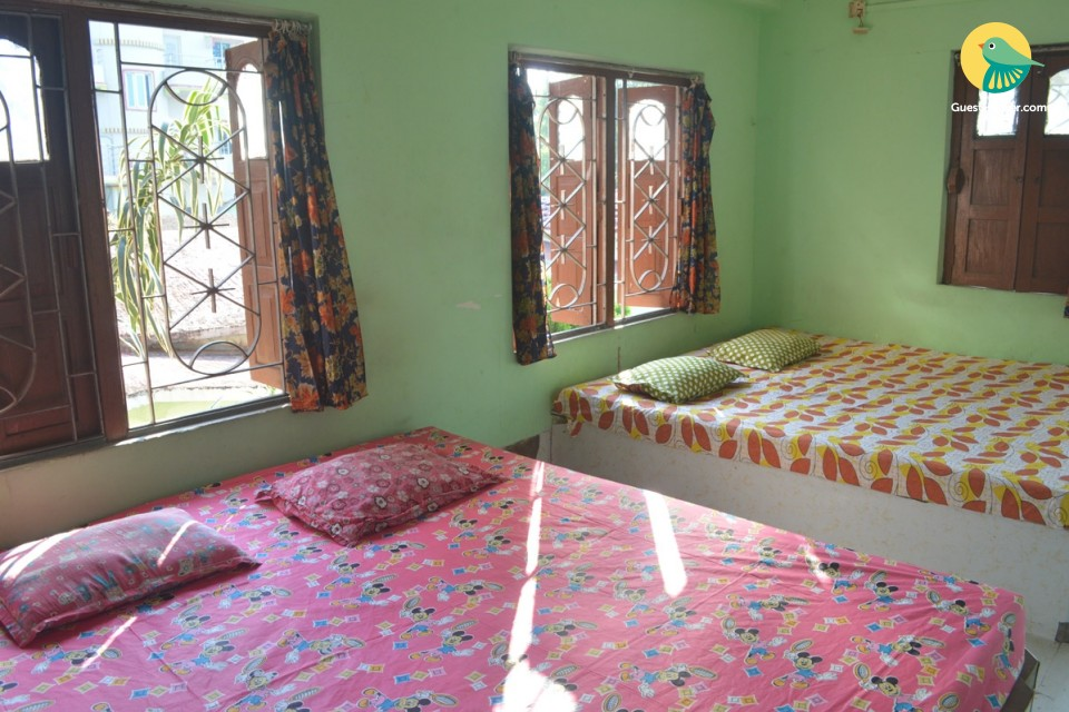 Standard 4 Bedded room to Stay
