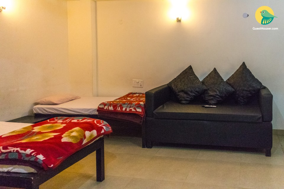 2 BHK Beautiful Furnished Apartment