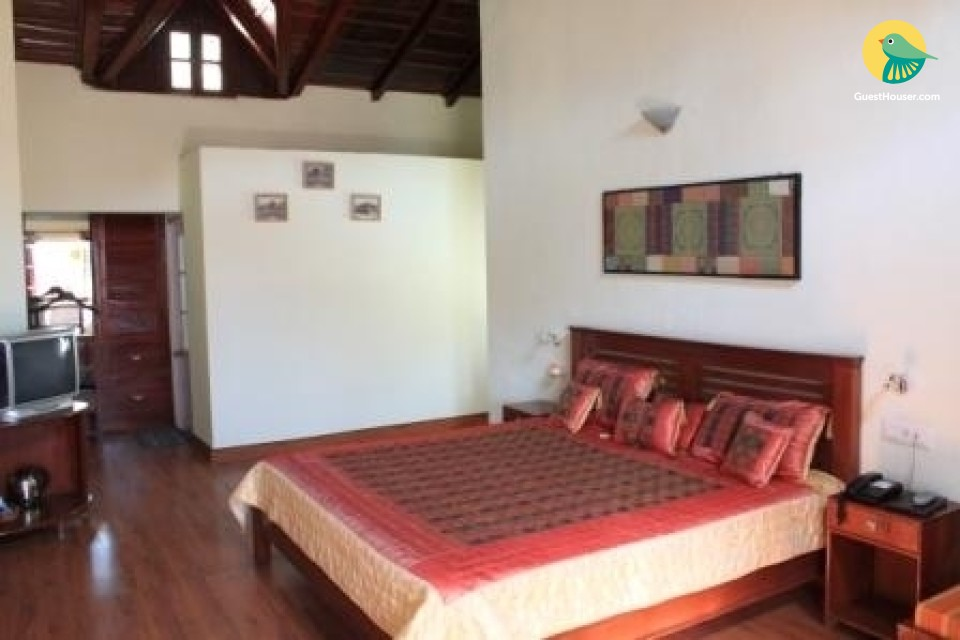 8 bedroom heritage accommodation in Bhowali