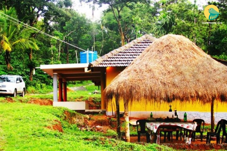 Rustic 2-bedroom stay for those seeking privacy, close to Iruppu Waterfall