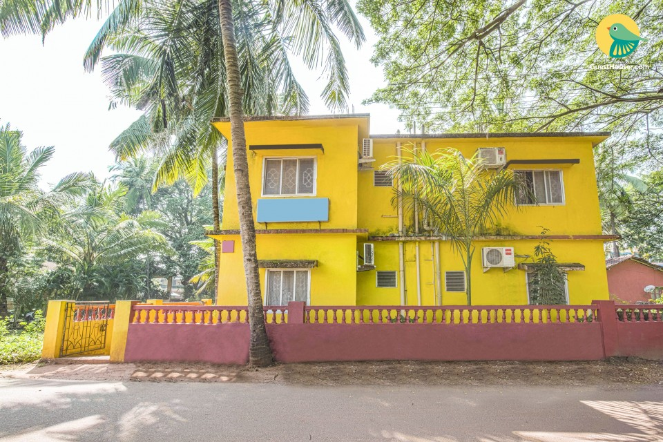 Vibrant 1 BHK for four, near Calangute Beach