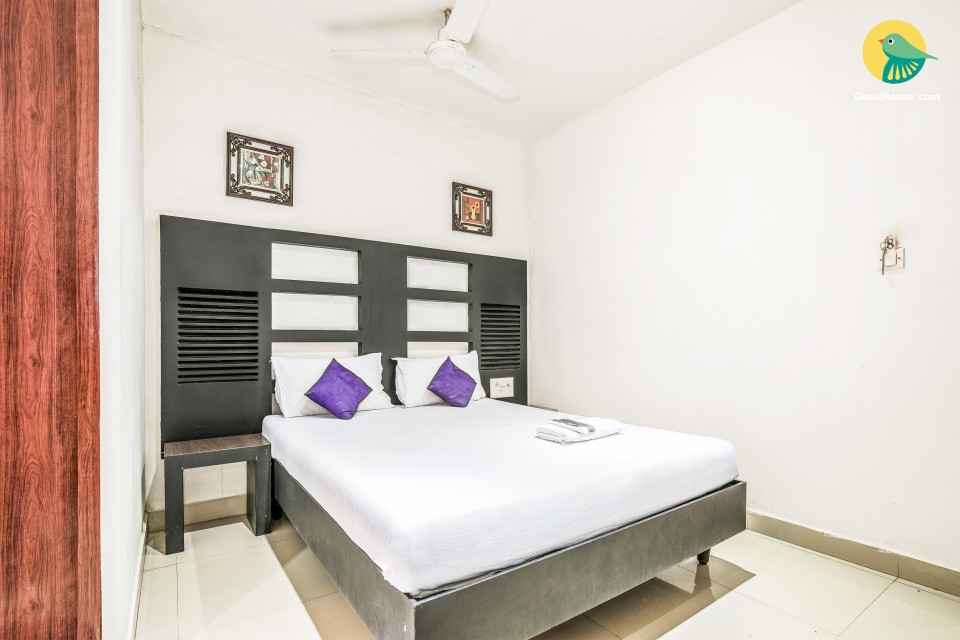 Well-furnished stay near Alleppey Beach