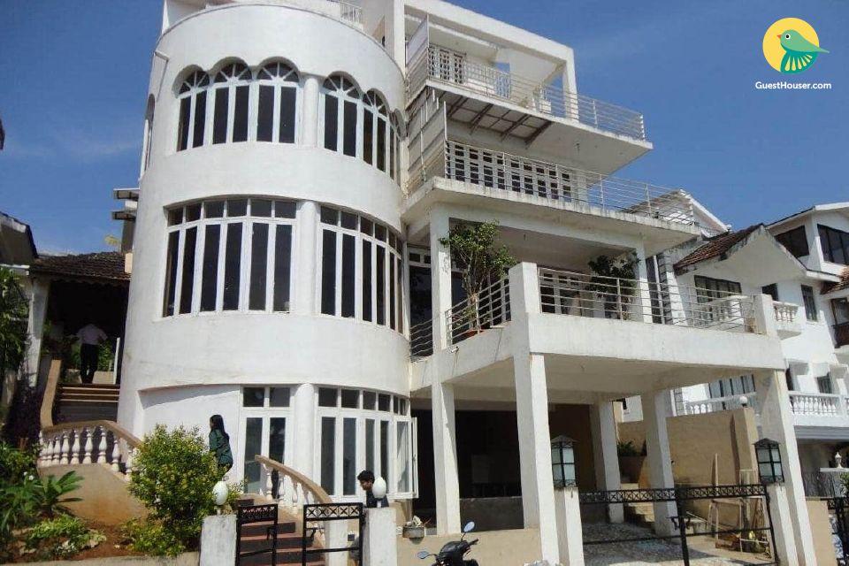 4-BR homestay, near Dona Paula Beach