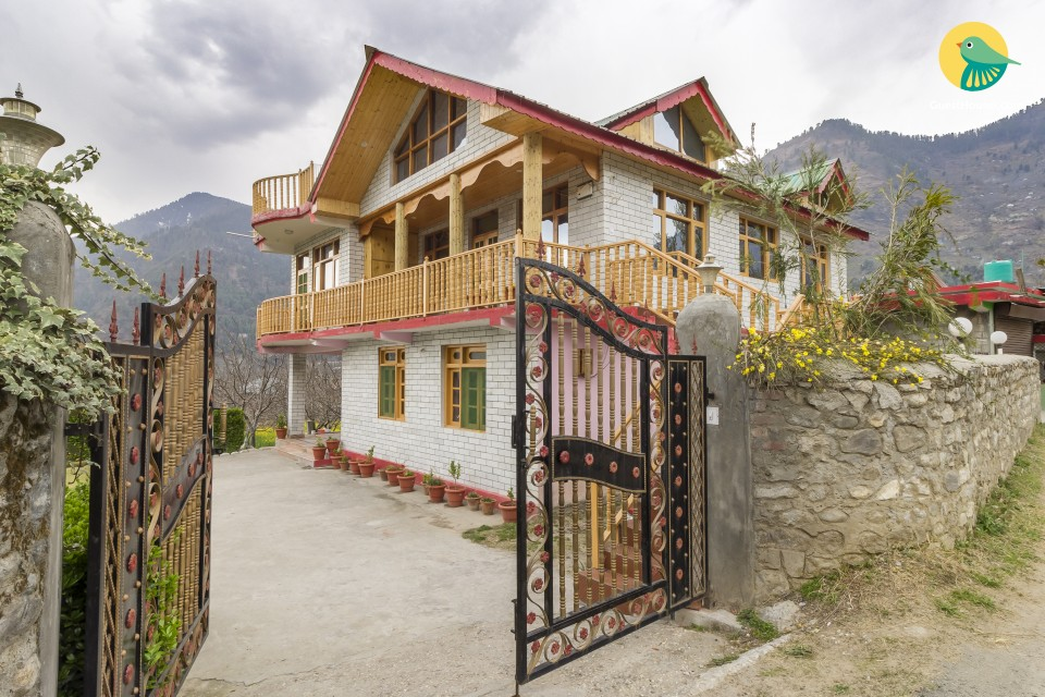Tranquil stopover in a hillside 6-BR homestay, ideal for a large group