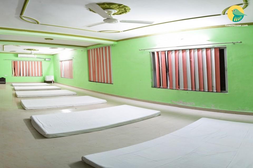 6-Bedded Dorm near Ashrams