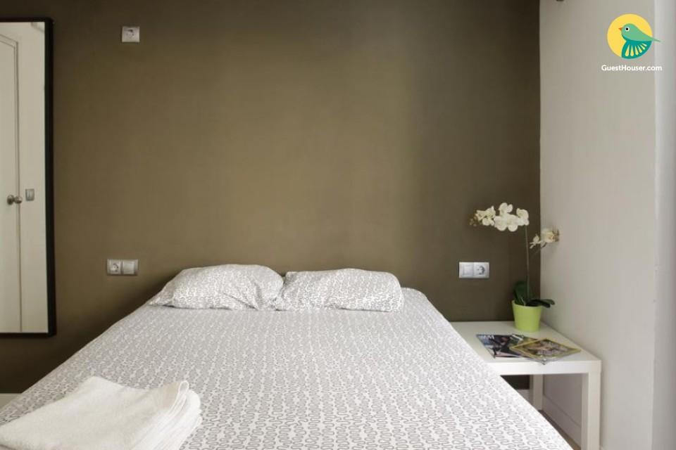 Private Room In barcelona