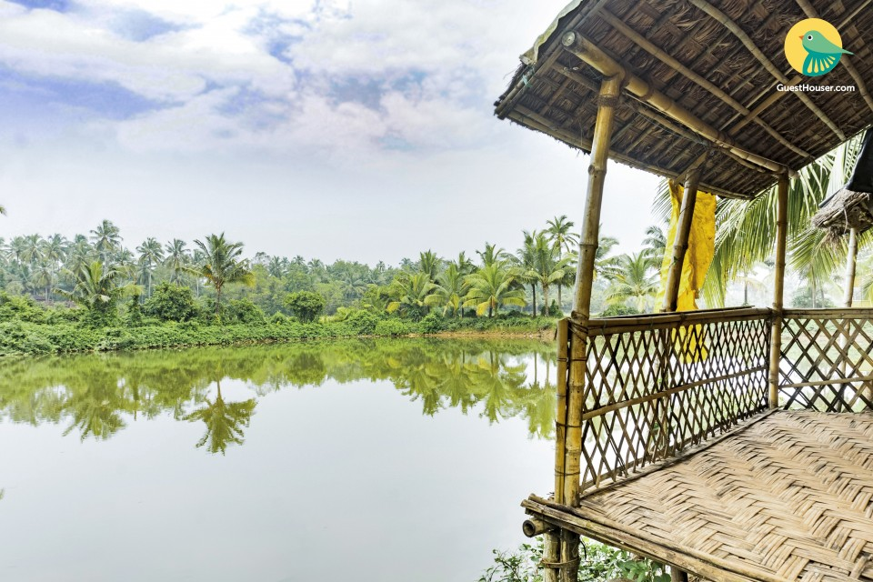 Homely cottage room for a romantic getaway, right on Arambol backwaters