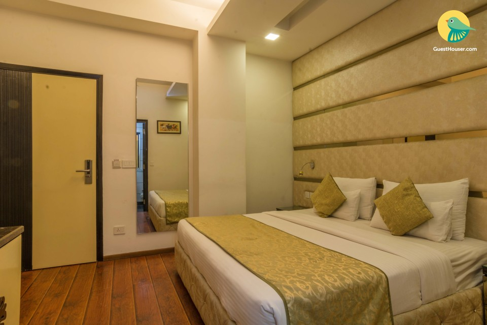 1-BR stay for business travellers, with a traditional touch