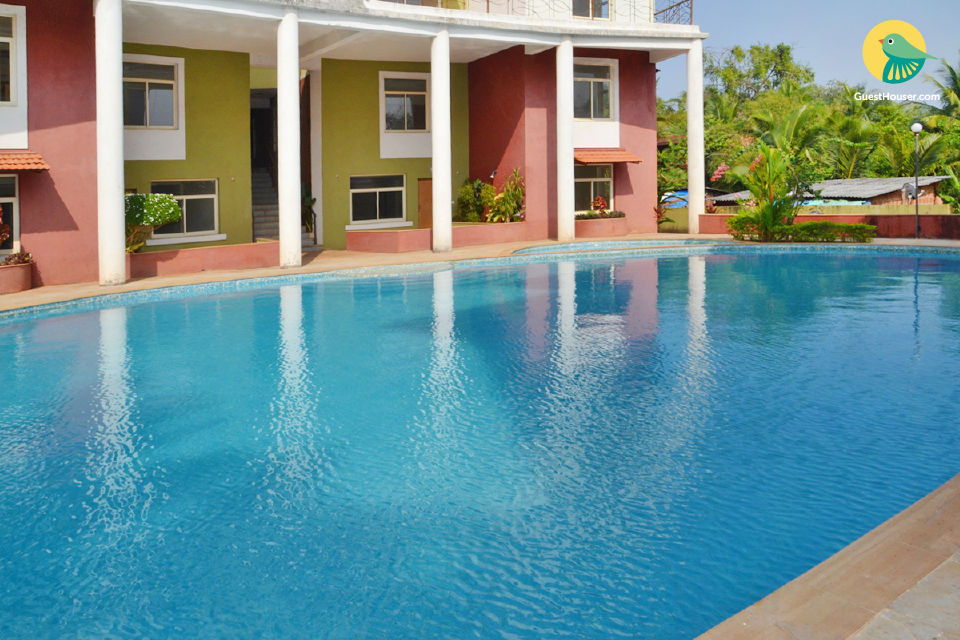2-BR apartment with a pool