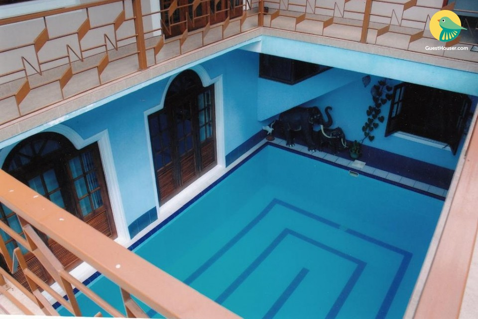 Luxurious 5 Bedroom property with Pool