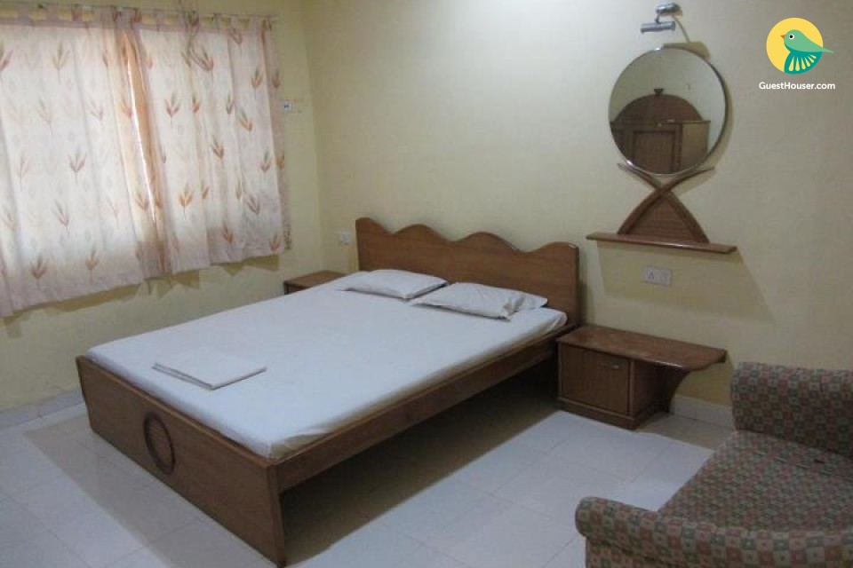 1 Bedroom Guest House in Mumbai suburban