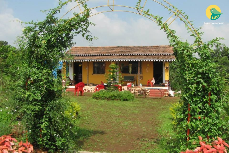 Comfy homestay in a peaceful locality