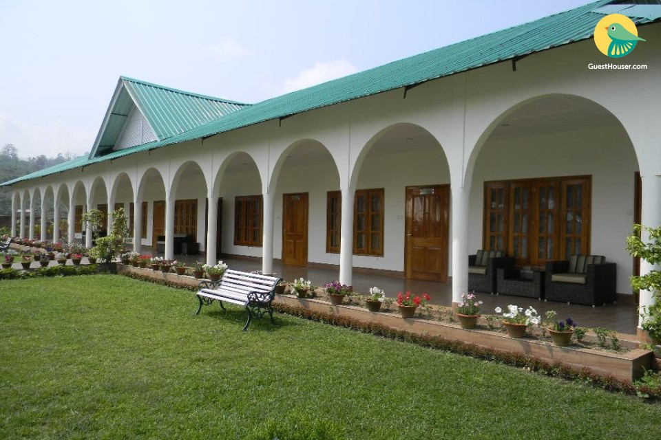 Executive stay near Kaziranga National Park