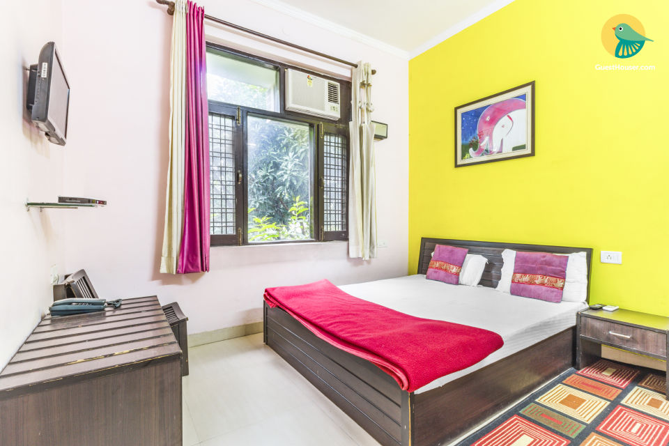 Private room, 1.5 km from Triveni Ghat