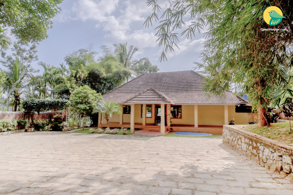 Hill view 1 BHK cottage for a relaxing vacation
