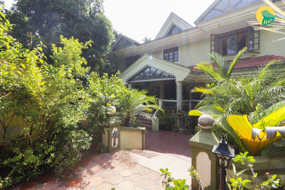 Portuguese style cottage ideal for a family, near Benaulim beach