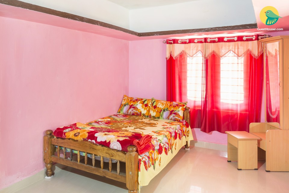 Homely stay for a solo traveller, near Madikeri Fort