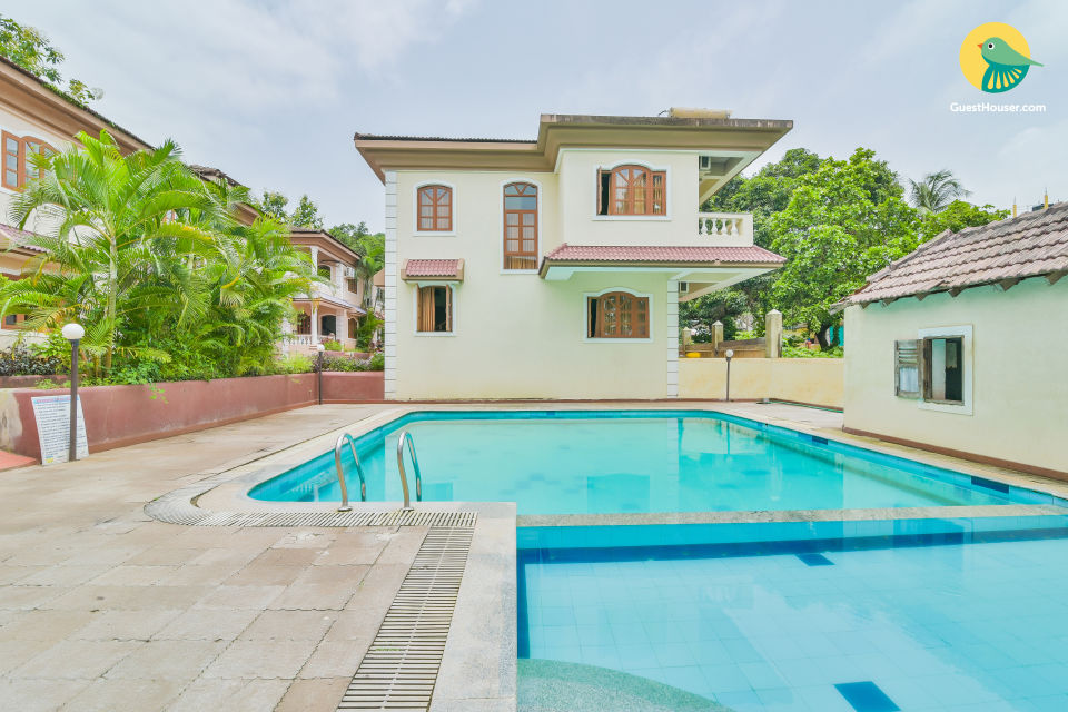 Elegant 4 BR Villa With Shared Pool, Near To Calangute Beach