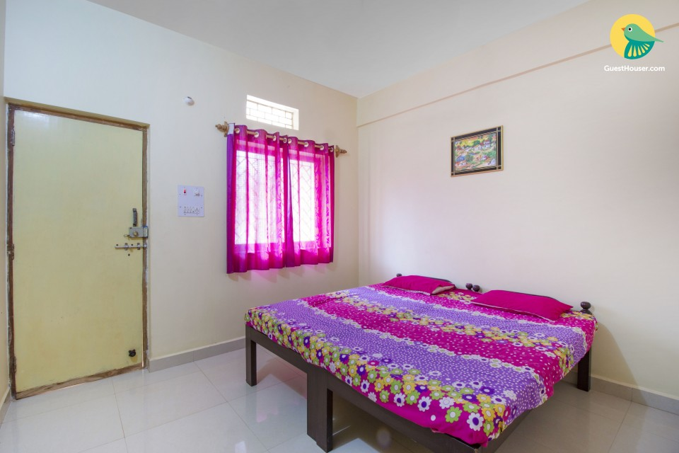 Single room ideal for solo travellers, 2.1 km from Anjuna beach