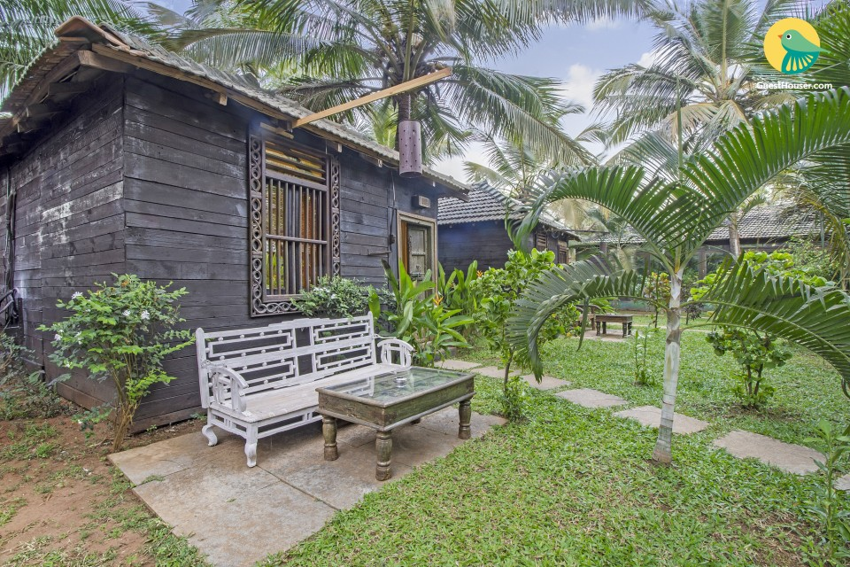 Romantic single-room cottage, near Ashvem beach