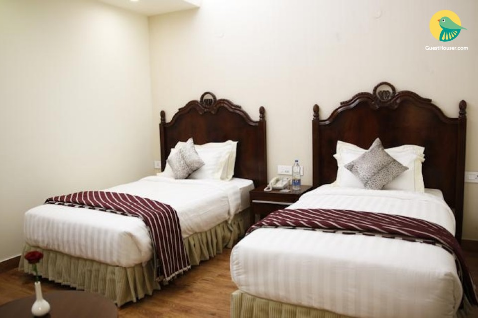 Two-bedded room for 3
