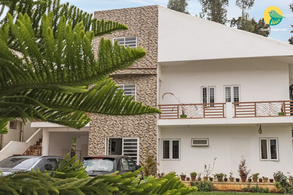 Tranquil 1-BR villa, 600 m from Rose Garden