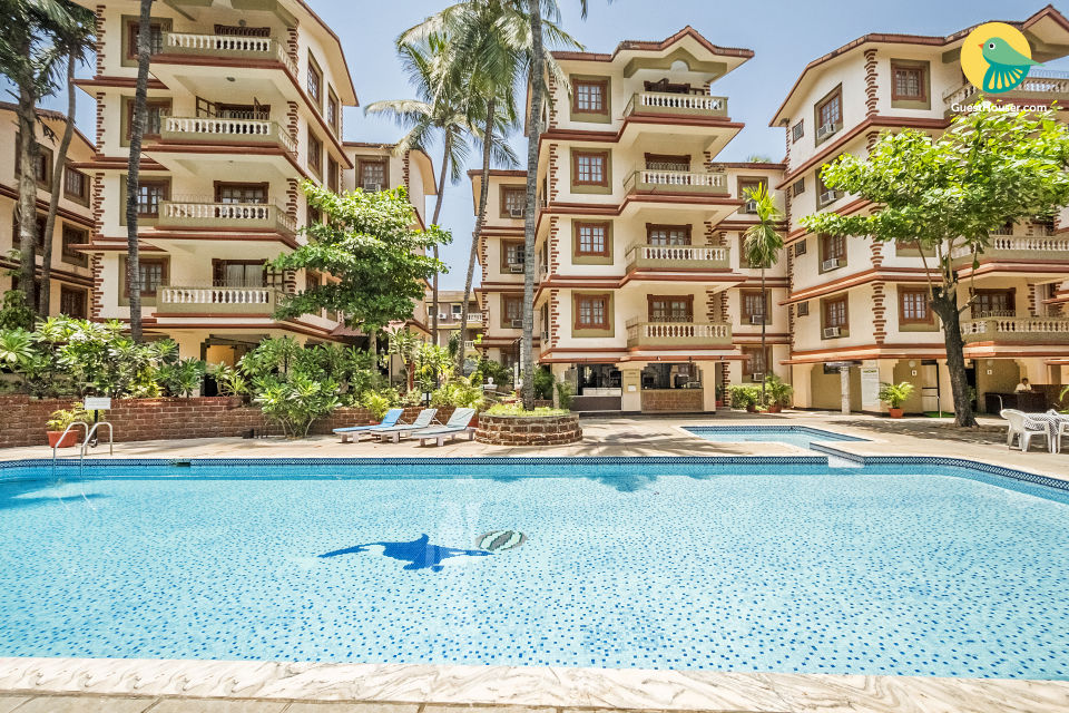 Commodious 2-BR apartment, 1.2 km from Candolim Beach