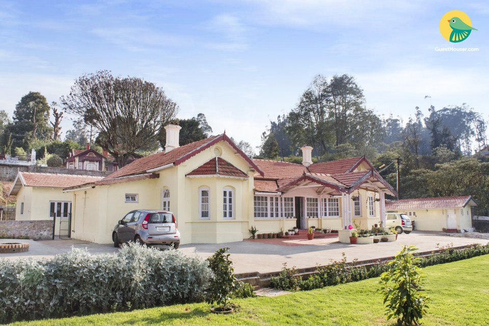 6-BR colonial bungalow, 1.7 km from Ooty Lake