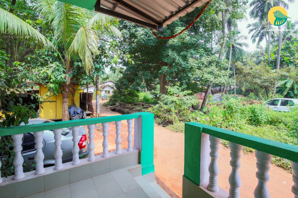 Vibrant stay for ten, 750 m from Calangute beach