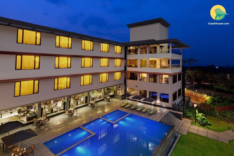 Lavish stay for three in Goa