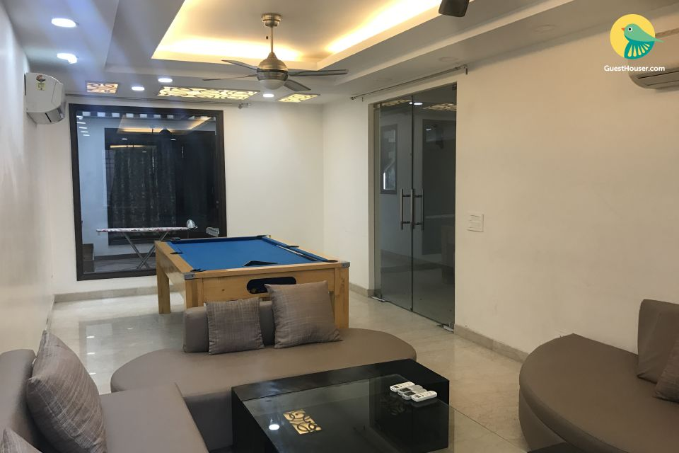 Ideal 4 BHK , for a perfect weekend getaway