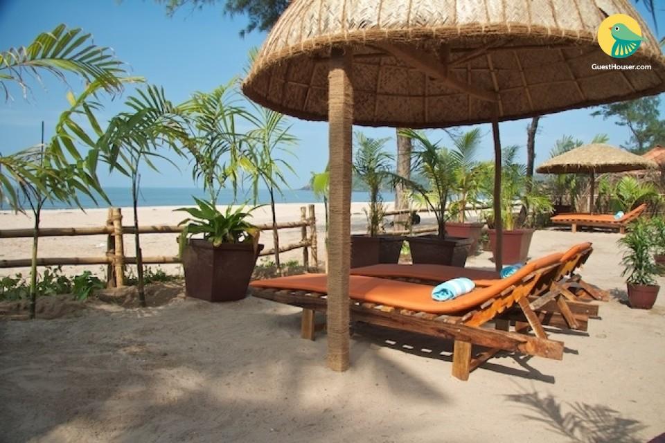 Lavish 5-bedroom cottage at the Agonda beach
