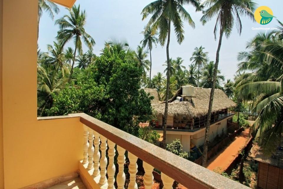 Decent Accommodation near to beach