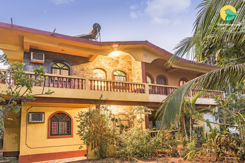 Homely accommodation for four, 1 km from Calangute beach