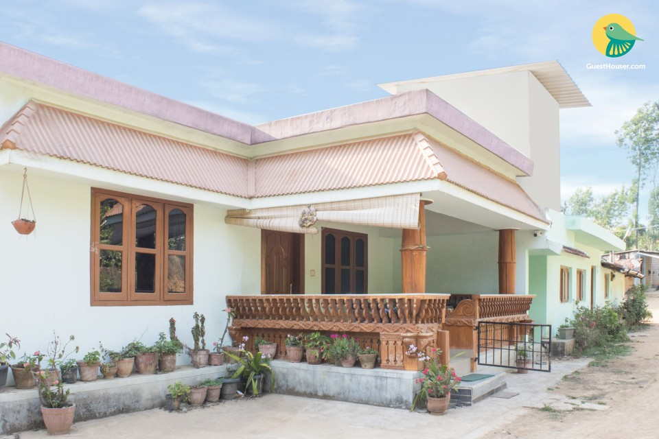 Homely 3-BR stay for large groups, near Rajas Tomb