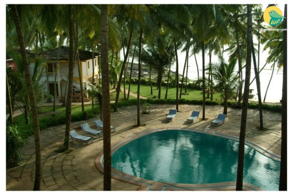 Lavish 1-bedroom cottage with pool in Bambolim