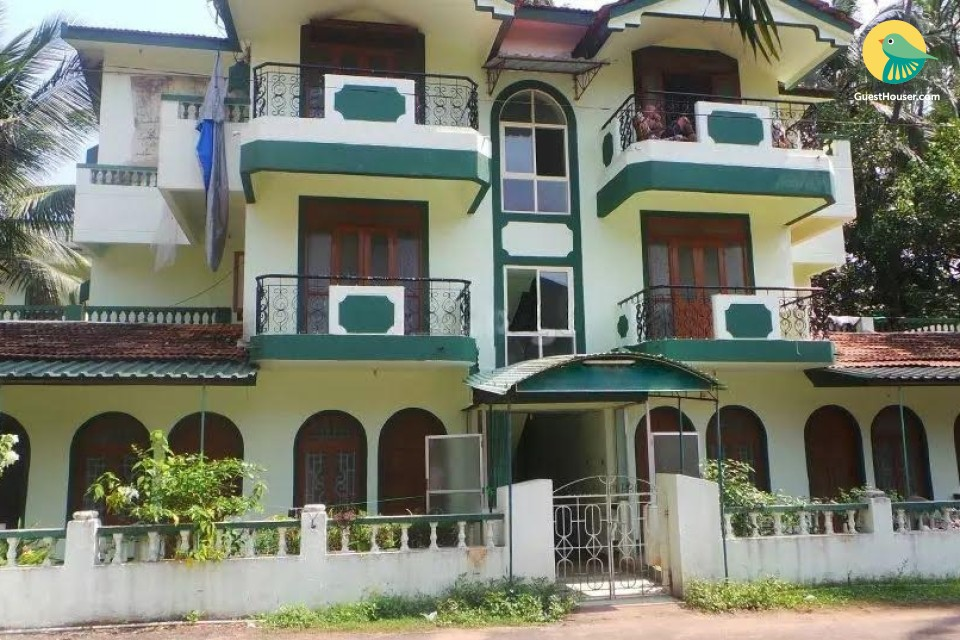 Homely 1-bedroom in an apartment, 1 km from Candolim beach