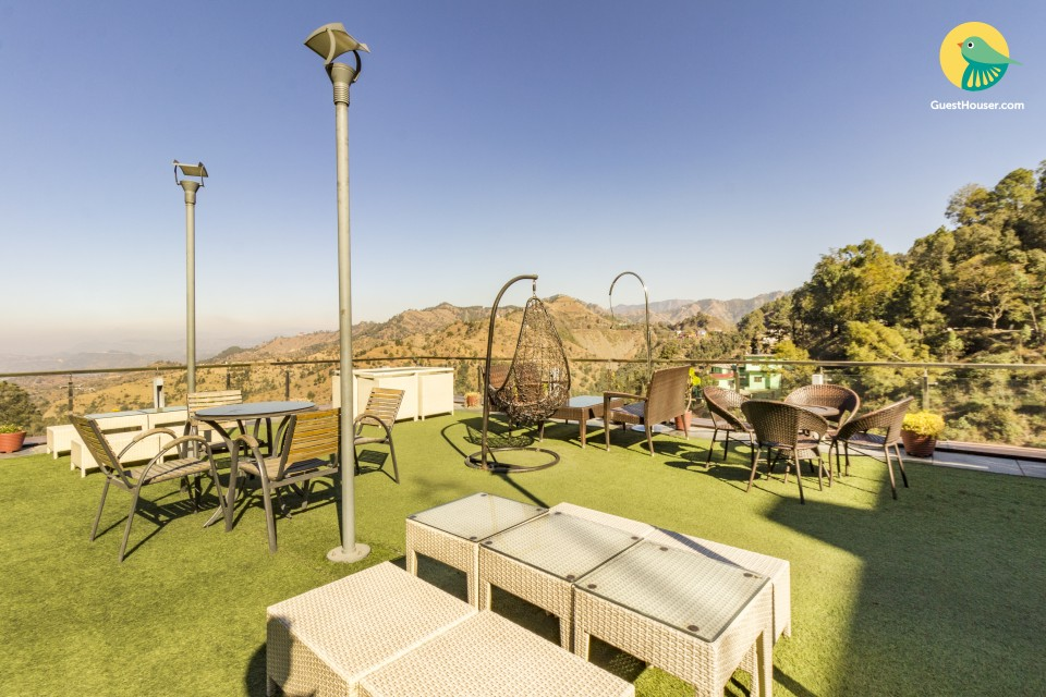 Rejuvenating boutique stay with a striking view